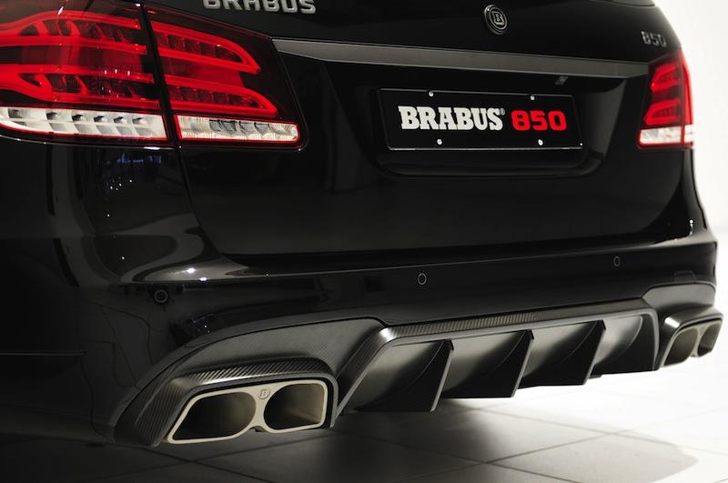 Brabus-850-6.0-Biturbo-Mercedes-Benz-E63-AMG-Wagon-rear-bumper