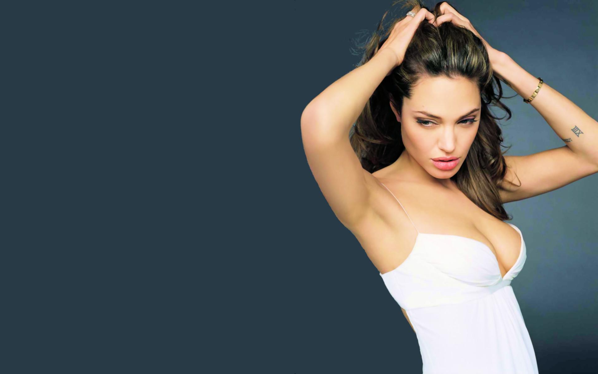 Bons Rapazes Angelina Jolie 40 anos 9