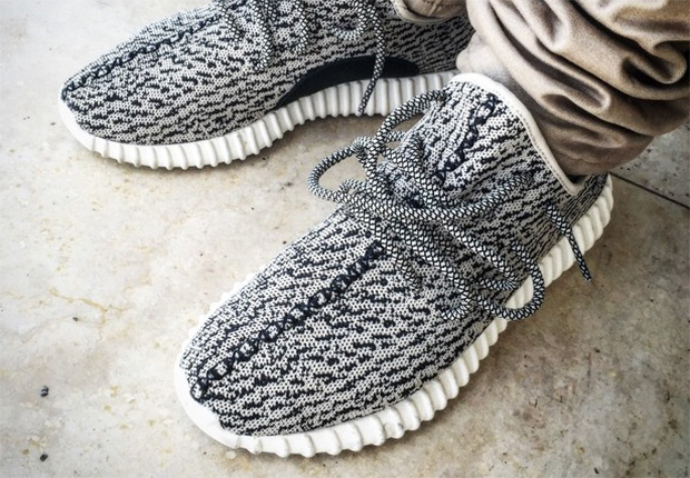 Bons Rapazes Yeezy Boost Low 1