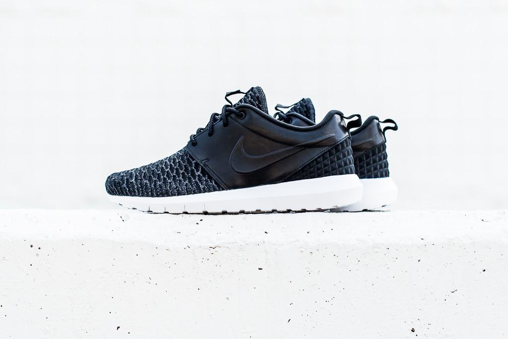 BR Nike_Roshe_NM_Flyknit_PRM_Black_Black_1