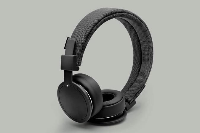 handluggage-headphones-urban