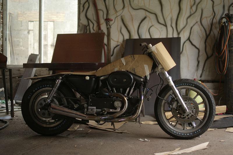 El-Solitario-Malo-Bueno-custom-harley-davidson-sportster-1