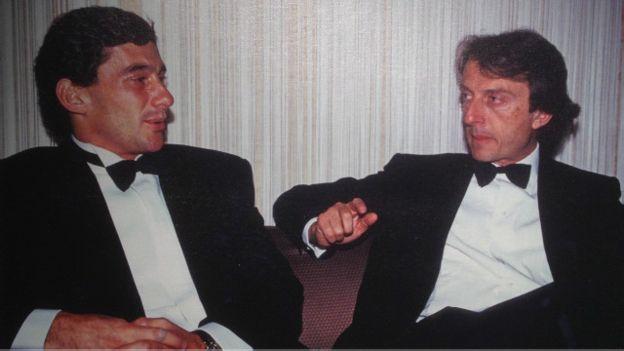 Na época piloto da Mclaren, Senna aparece com Luca Cordero di Montezemolo, então presidente da Ferrari, num jantar de gala, durante o fim de semana do GP de Mónaco, em 1990.