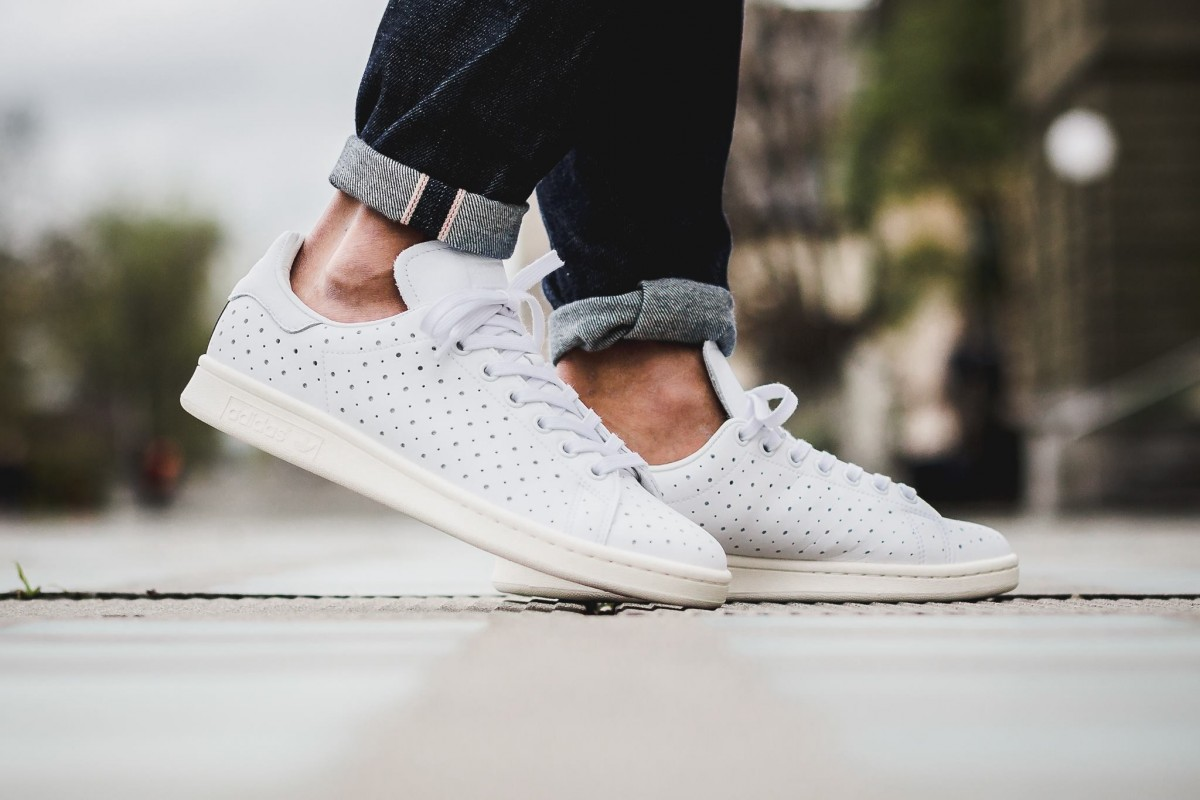 adidas-originals-perforated-stan-smith-1-1200x800
