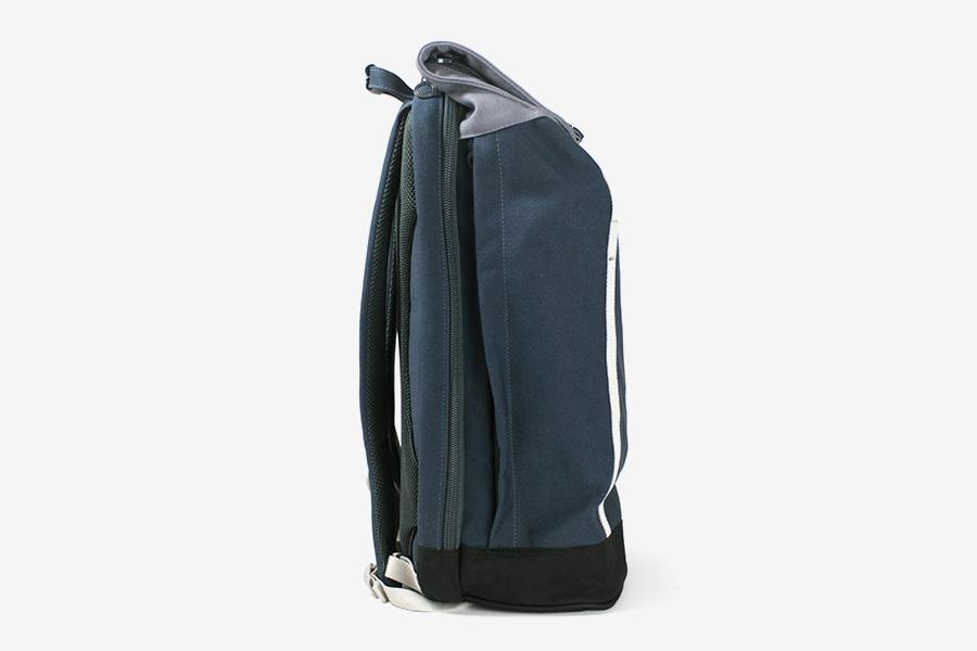 c6_slim_backpack_02