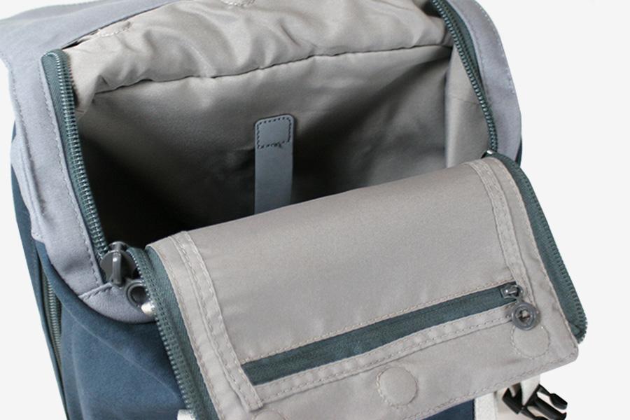 c6_slim_backpack_07