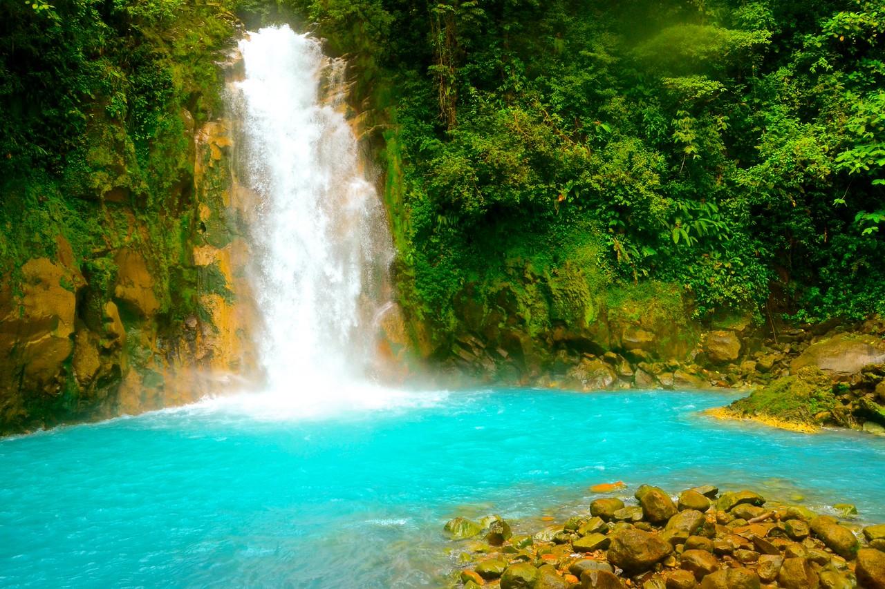 piscinas naturais mais incríveis do mundo - Rio Celeste