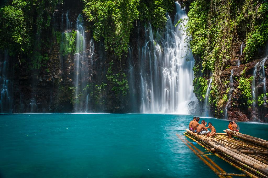 piscinas naturais mais incríveis do mundo - Tinago Falls