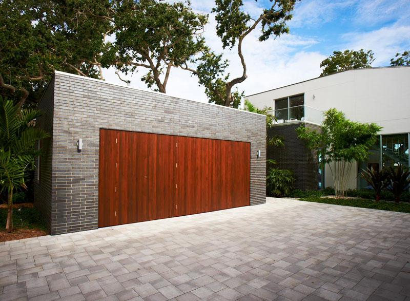 garage door 14
