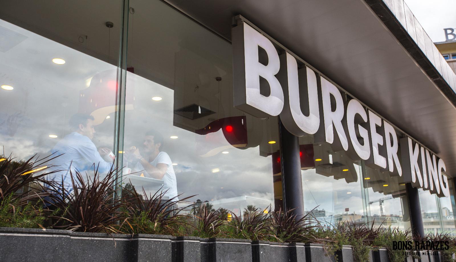 bons-rapazes-no-burger-king-4
