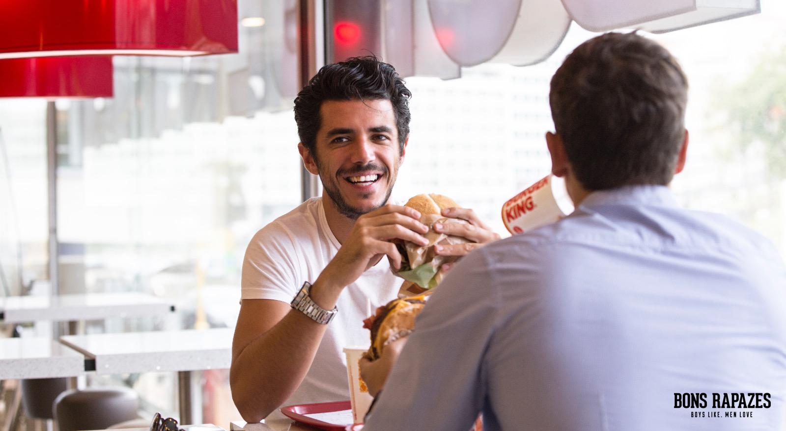 bons-rapazes-no-burger-king-5