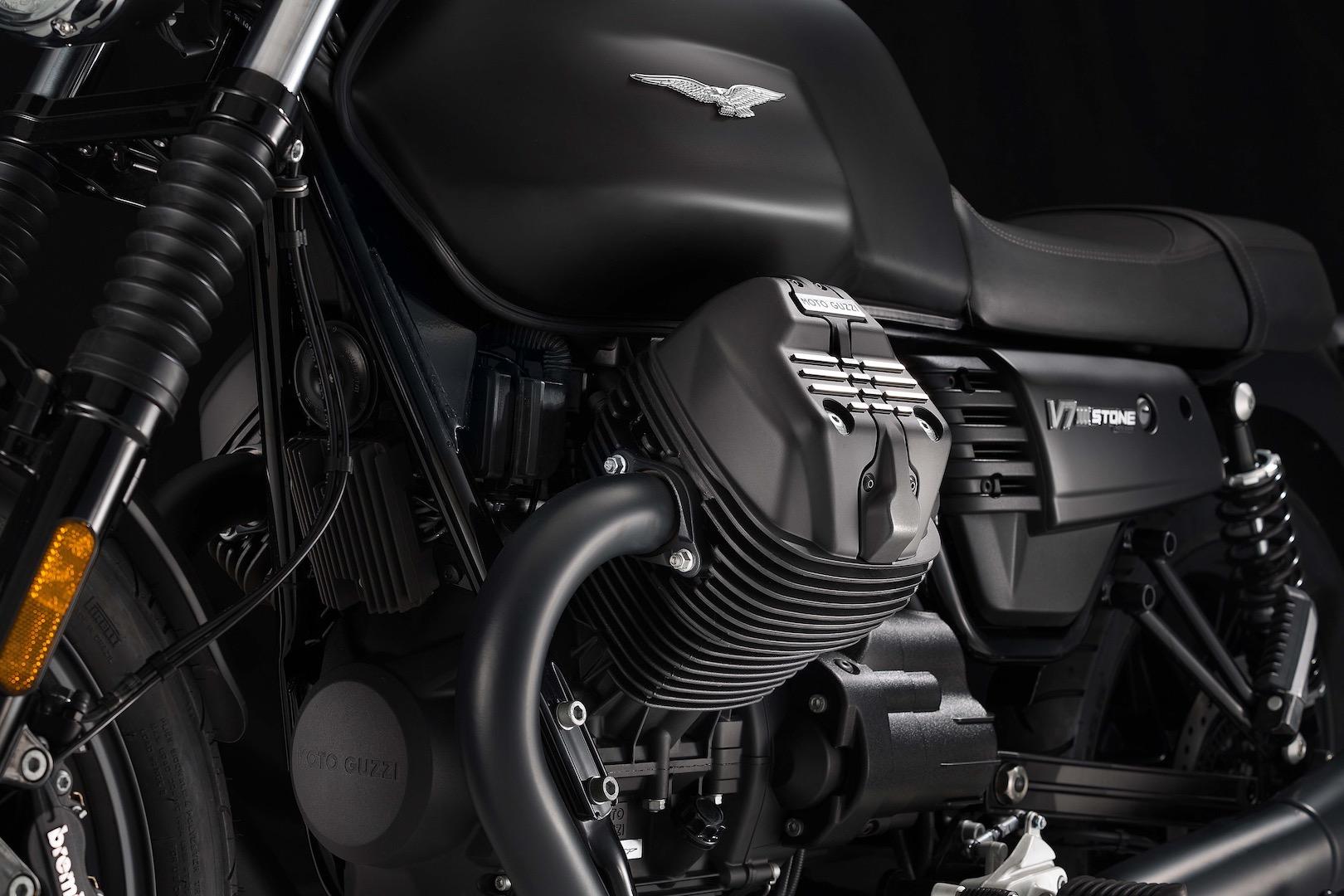 2017-moto-guzzi-v7-iii-stone-preview