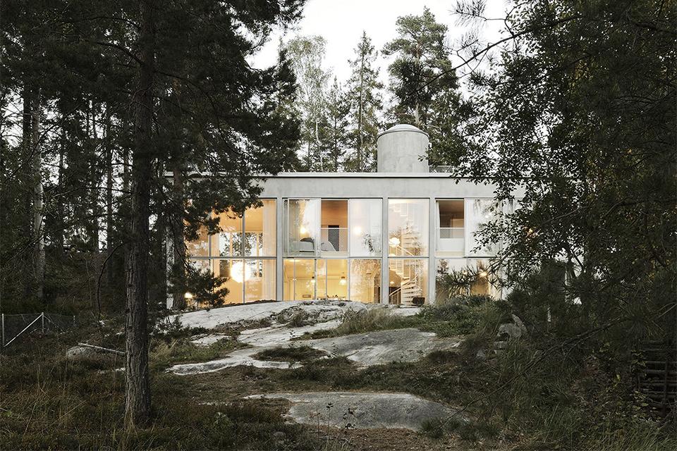 Six Walls House
