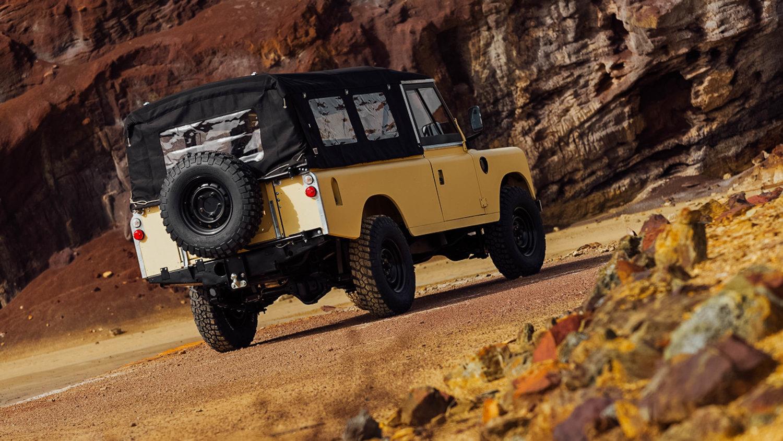 Land Rover Series III LWB
