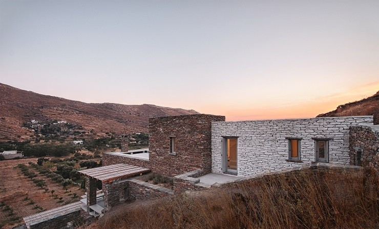 Rocksplit House