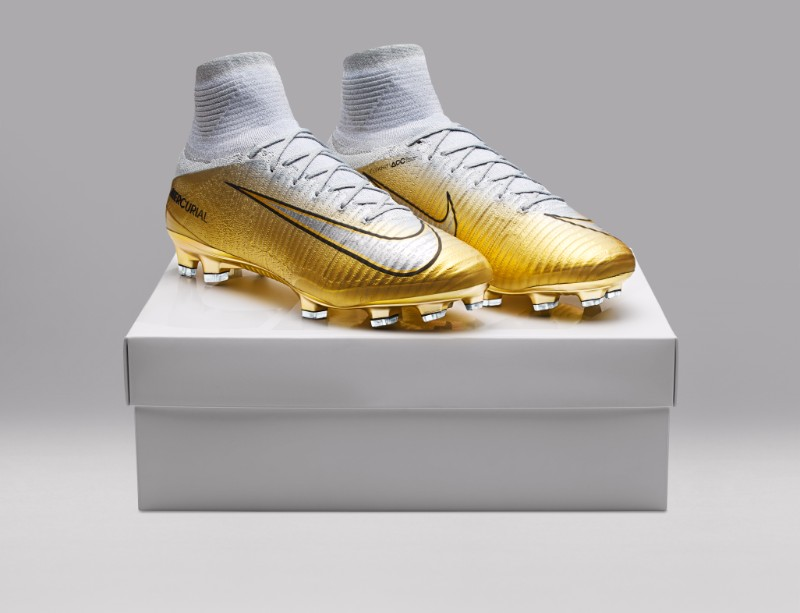Quinto Triunfo: Nike celebra Bola de Ouro de Cristiano
