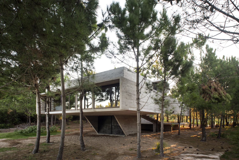 S + J House