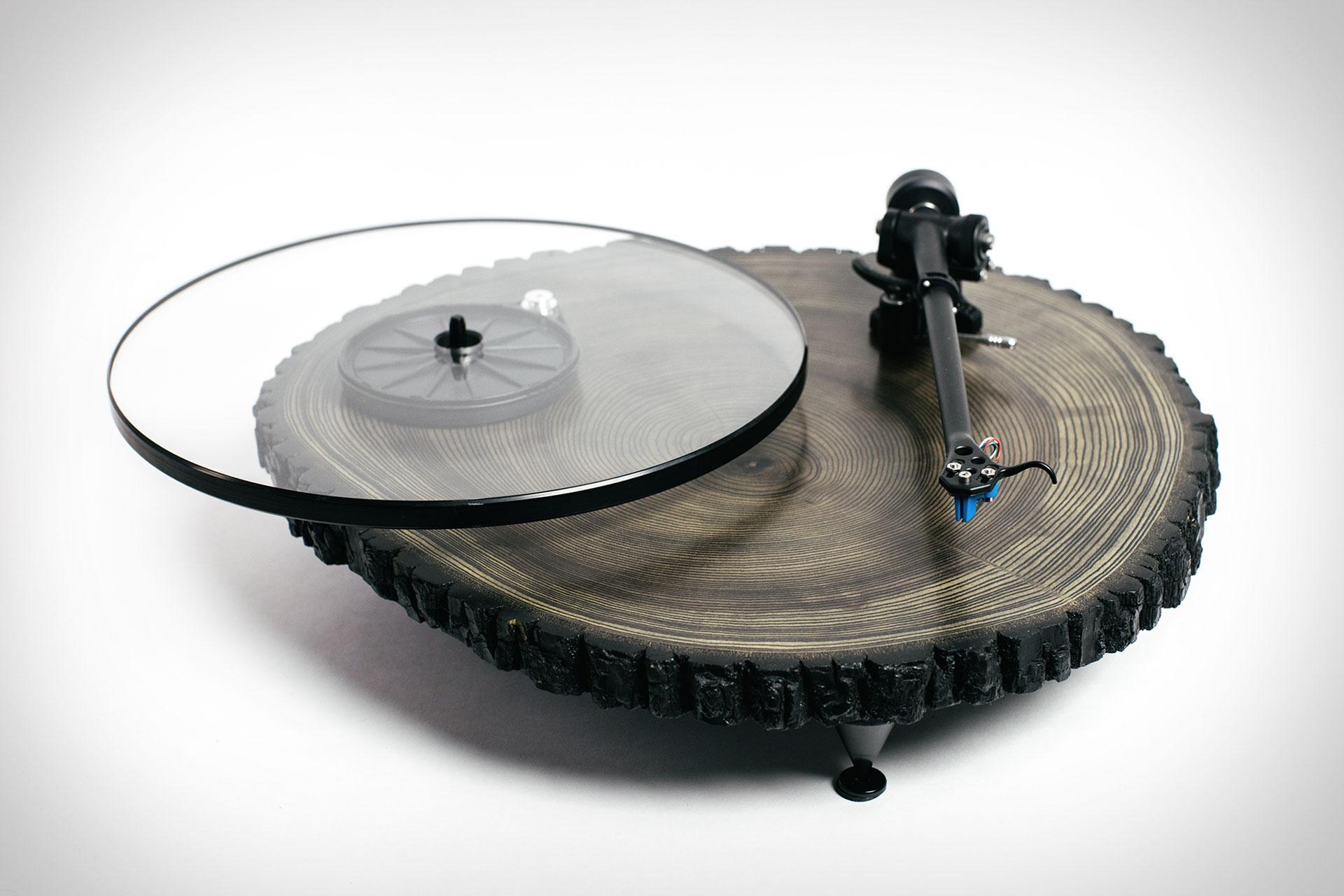 gira-discos de madeira
