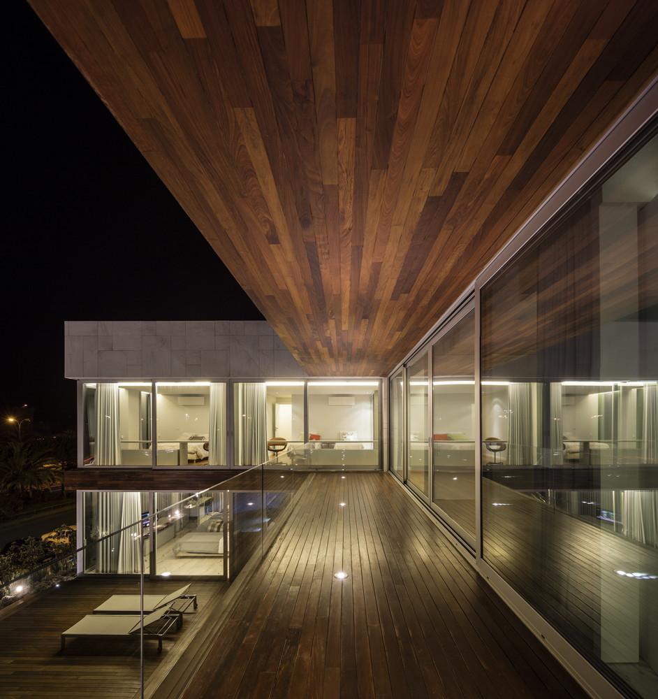 casa de sonho em frente ao Passeio Marítimo de Oeiras