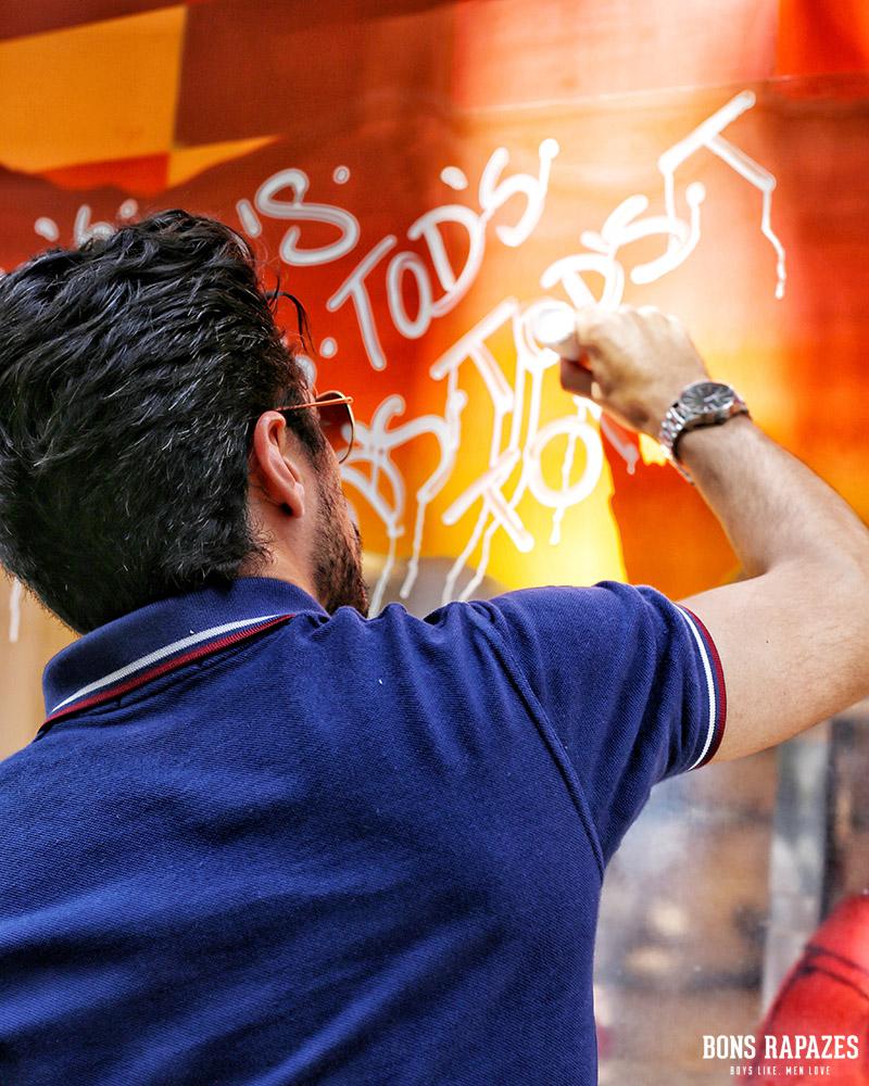 tods com street art
