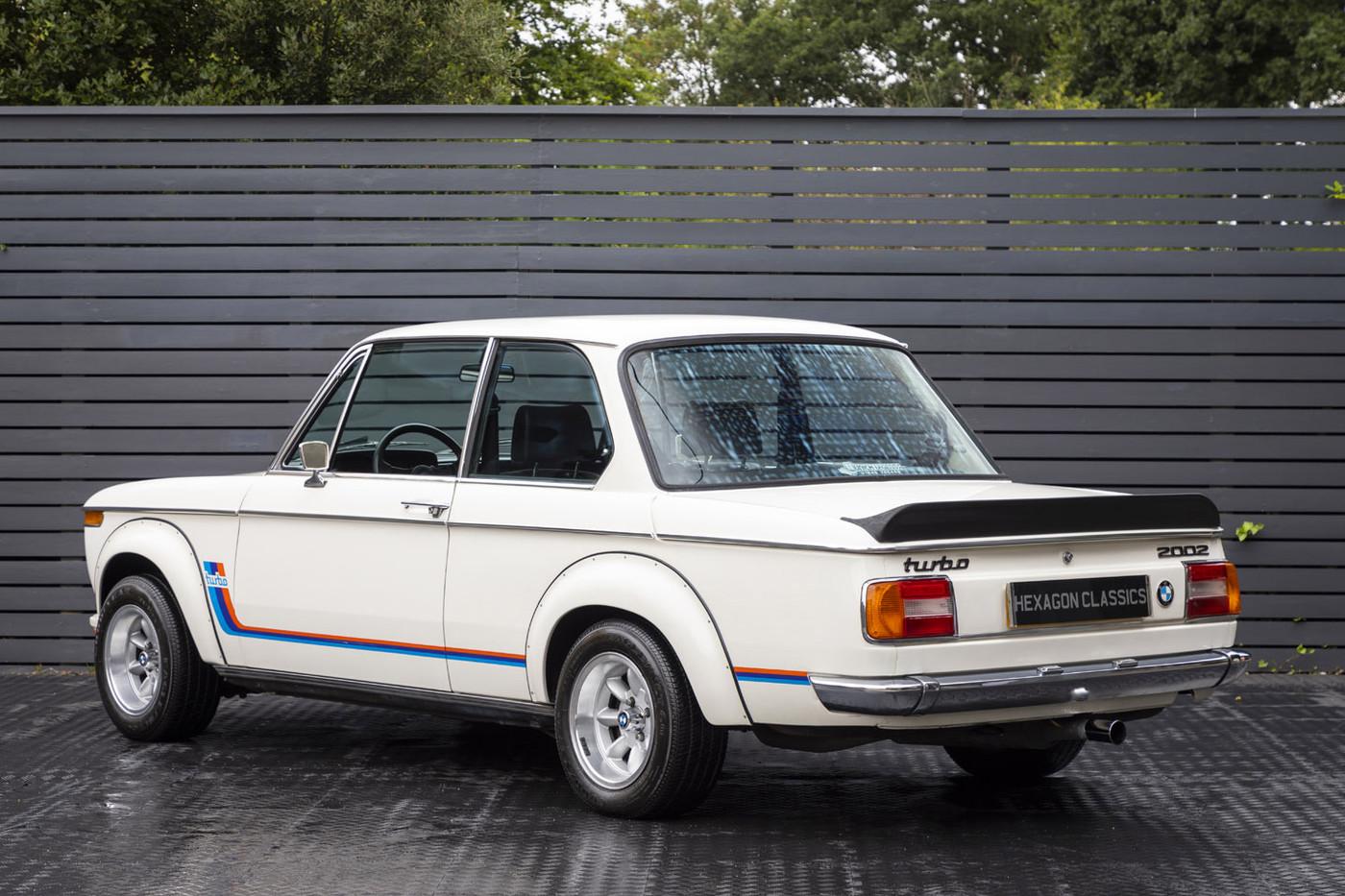 Um Bmw 2002 Turbo De 1975 A Vista E A Venda Bons Rapazes