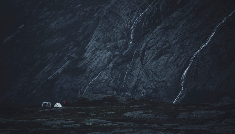 tenda inflável - Heimplanet Cave Tent