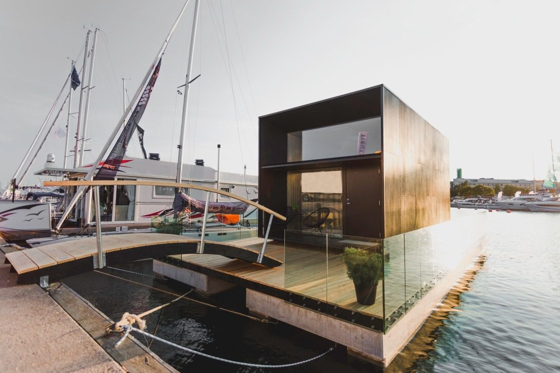 Koda Light Float House