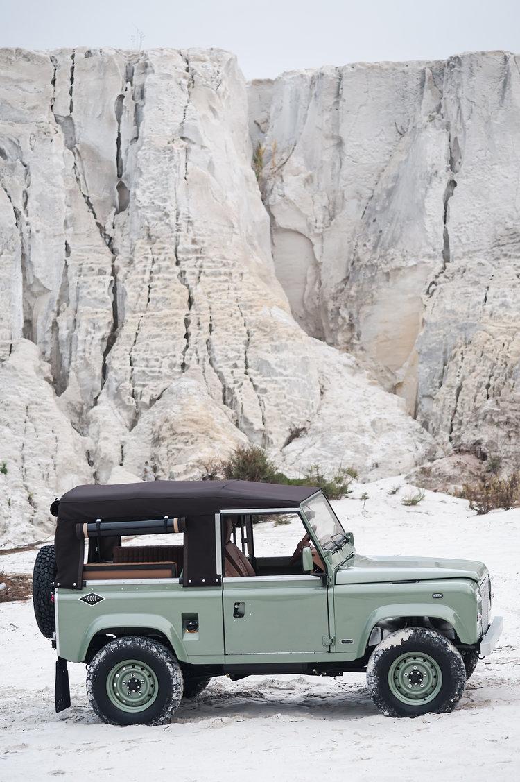 Land Rover D90