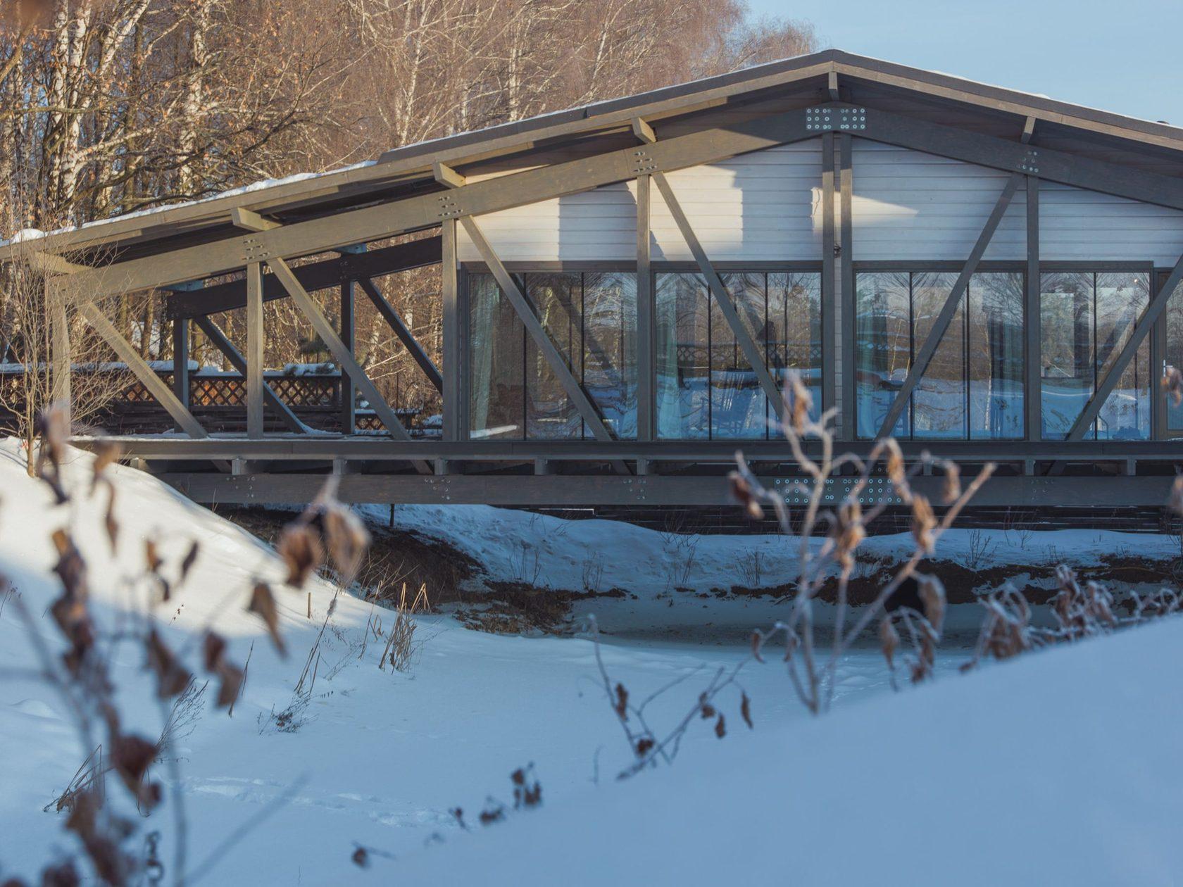 casa que é uma ponte