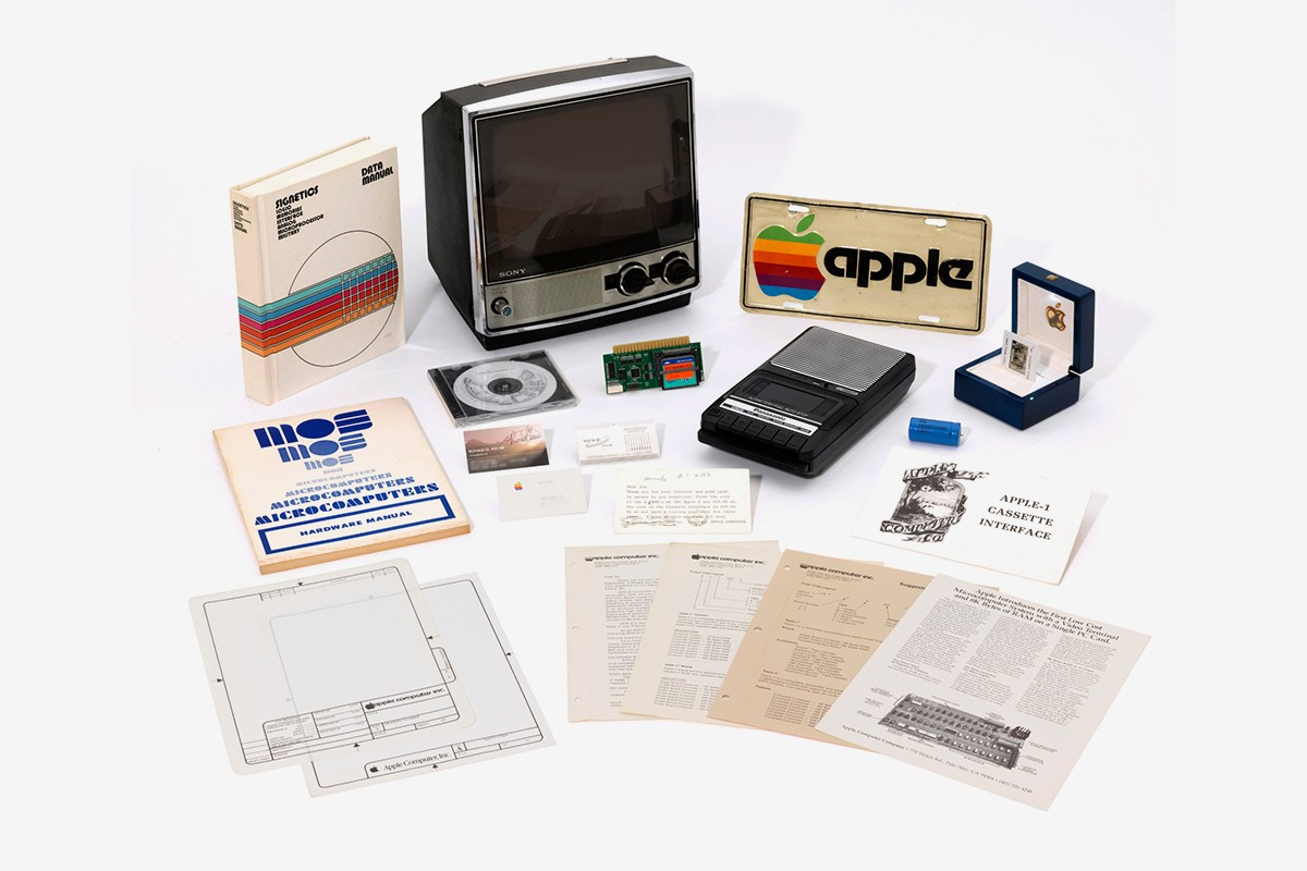primeiro portátil da Apple