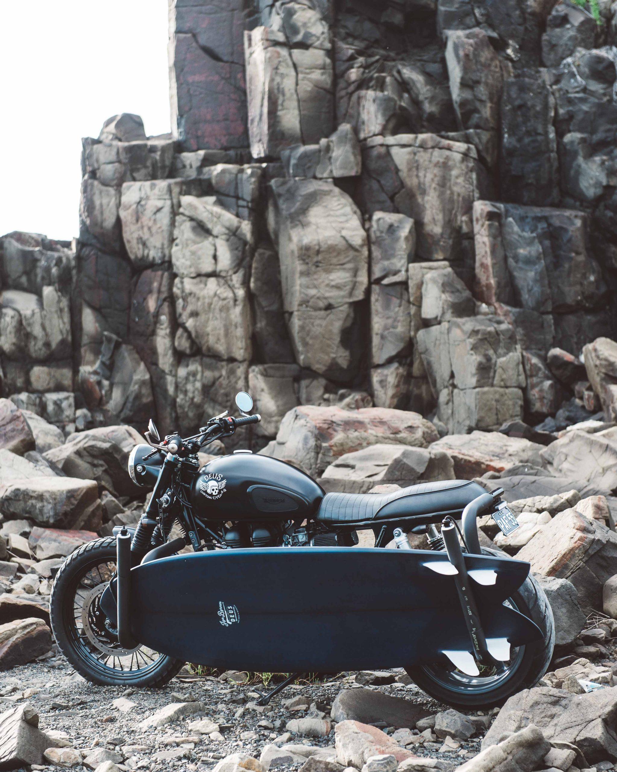 Triumph Scrambler by Deus Ex Machina