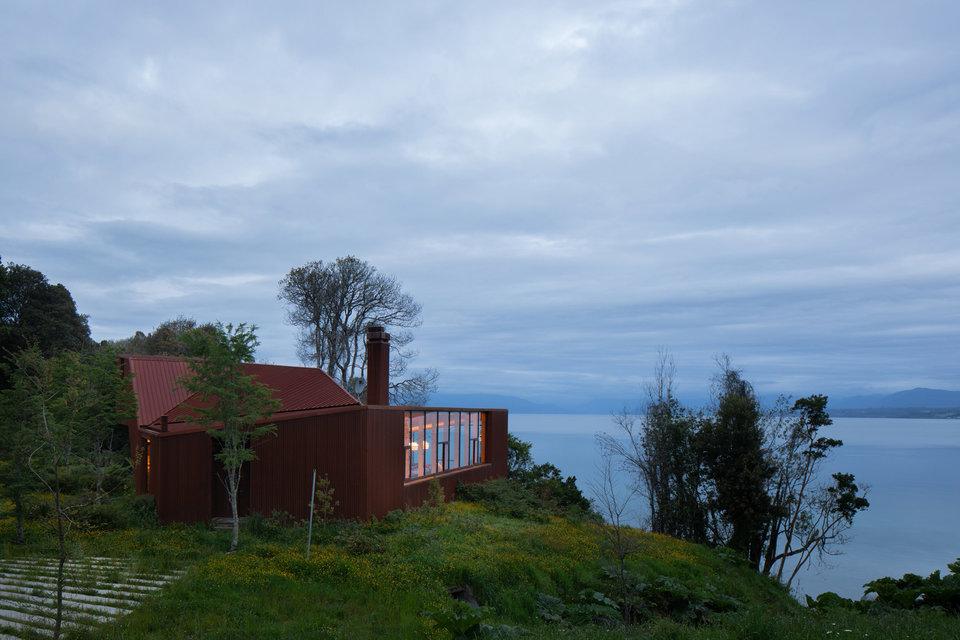 Apus Kankay House