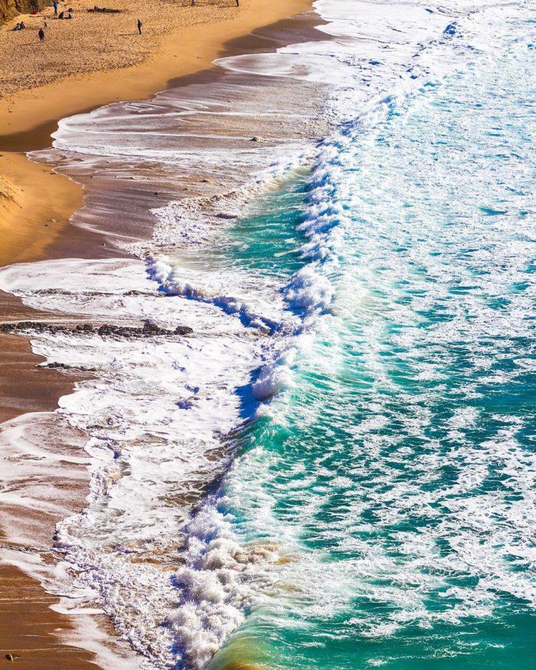 praia tem bandeira azul
