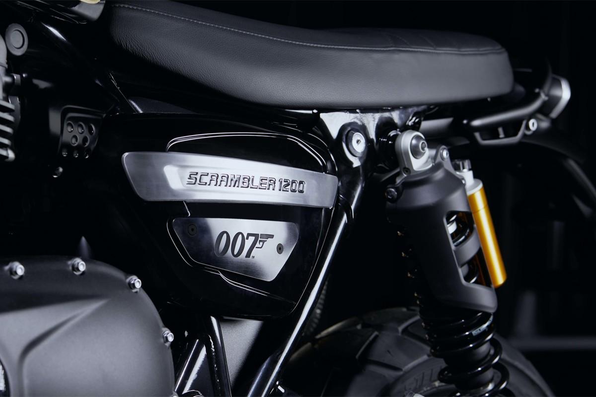 Triumph Scrambler 1200 James Bond