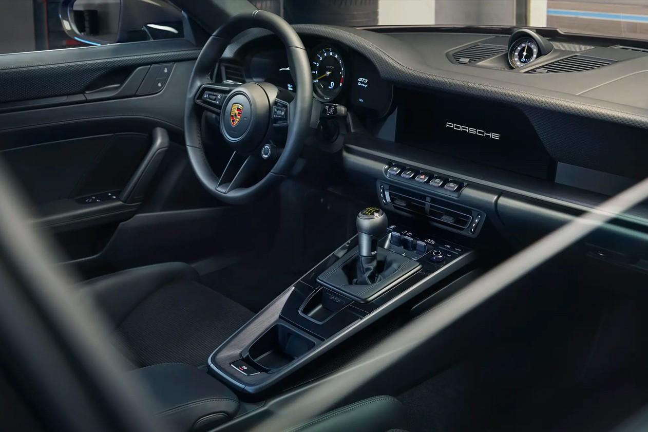 O interior do Porsche 911 GT3 Touring